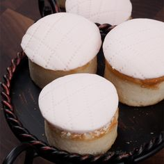 Petite Champagne Cakes, Perfect for an Intimate Valentine's Day Dessert