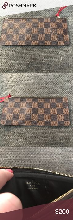 Damier Ebene Louis Vuitton Josephine insert The insert from my Josephine wallet like new, perfect to fit in other wallets or just in your bag!   Date code: GI1106 Damier Ebene Josephine wallet Louis Vuitton Bags Wallets