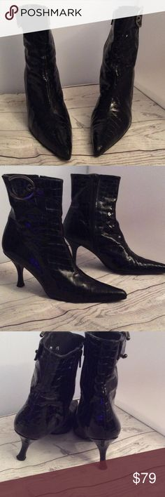"""Stuart Weitzman Spanish Patent Leather Booties 7.5 Stuart Weitzman Spanish Patent Leather Booties Size 7.5 in barely worn condition. Timeless style. Pointy toe. Zip on side. Large Silvertone buckles. Slim 3""""'heel. Rubber bottom. Shiny black patent leather. NO TRADES. Stuart Weitzman Shoes Ankle Boots & Booties"""