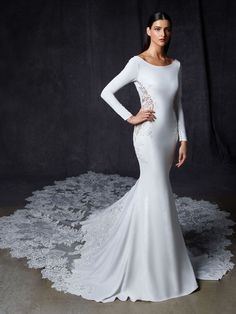 Wedding Dress Olena by Enzoani - Search our photo gallery for pictures of wedding dresses by Enzoani. Find the perfect dress with recent Enzoani photos. Stunning Wedding Dresses, Classic Wedding Dress, Beautiful Gowns, Beautiful Places, Bridal Wardrobe, Couture Wedding Gowns, Blush Bridal, D 20, Long Sleeve Wedding