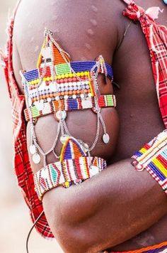 Africa | Maasai beadwork.  Kenya | © Zoonar/Paolo Gallo M