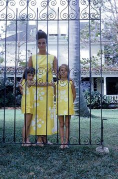 Lily with her daughters in Palm Beach, 1963
