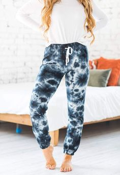 We are huge fans of our Alessi Tie Dye Joggers! Our joggers are so soft and feature a comfy elastic waistband as well as a trendy tie-dye design! Our joggers do not disappoint and are sure to quickly become a closet favorite this season! Casual Outfit Ideas, Cute Casual Outfits
