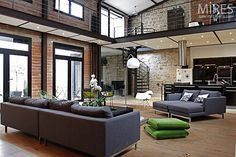 New York Loft Design - always wanted to live in a NY loft apartment. Loft Interiors, Industrial Interiors, Industrial House, Vintage Industrial, Industrial Style, Lofts, New York Loft, Ny Loft, Style At Home