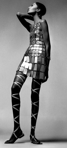 Richard Avedon - Donyale Luna, dress and sandals by Paco Rabanne, New York, December 6, 1966