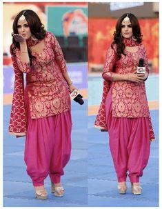 Salwar Designs, Salwar Suit Neck Designs, Silk Kurti Designs, Kurta Designs Women, Kurti Designs Party Wear, Neck Designs For Suits, Blouse Designs, Stylish Dress Designs, Designs For Dresses