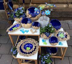 Blaue Keramik, 2in1 als Pflanztopf sowohl auch als stimmungsvolles Windlicht für den Garten.