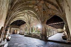 Claustro de la colegiata de Santillana del Mar, Santillana del Mar  #Cantabria #Spain