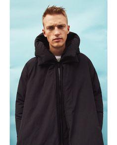 OVERSIZE-JACKE Zara Mode, Man Images, Everyday Dresses, Stylish Men, Personal Style, Raincoat, Boys, People, How To Wear