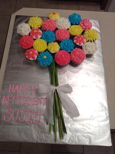 Flower Bouquet Cupcake Cake