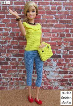 Barbie Clothes Patterns, Crochet Barbie Clothes, Girl Doll Clothes, Diy Clothes, Moda Barbie, Barbie Knitting Patterns, Crochet Doll Dress, Barbie Dress, Barbie Barbie