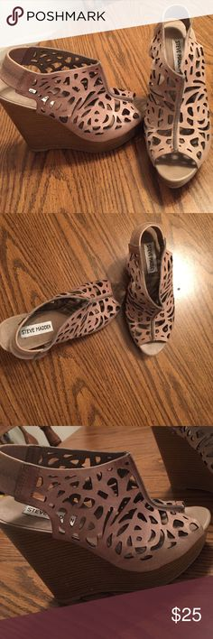 Steve Madden wedges Worn once- great condition! Steve Madden Shoes Wedges