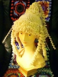 crochet wig hat. I want this! Anyone who knows me, knows I would SOOO wear it!