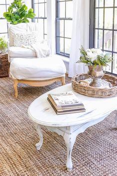 I always search for deals on the marketplace. When I found this deal for just $15, I grabbed it and gave it a quick coffee table makeover for our sunroom using mineral paint and a bit of distressing. It's a French country piece that works perfectly in this room! #Frenchcountry #frenchfarmhouse #frenchcountryfarmhouse #frenchcottage #furnitureflip #paintedcoffeetable Coffee Table Makeover, Coffee Table Styling, Diy Coffee Table, Decorating Coffee Tables, White Distressed Coffee Table, French Country Coffee Table, French Coffee, French Table, Painted Coffee Tables