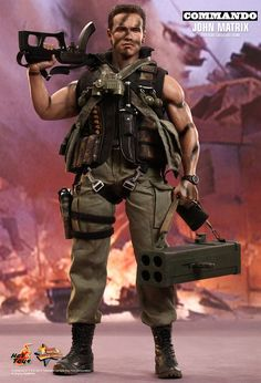 Hot Toys : Commando - John Matrix 1/6th scale Collectible Figure
