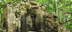 https://anthropologynet.files.wordpress.com/2014/08/lagunita-eart-monster-doorway.jpg