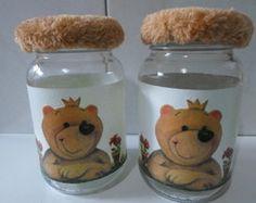 Pote infantil ursinho Biscuit, Decoupage, Decorated Jars, Home Decor, Decorating Jars, Handmade Crafts, Industrial Kids Decor, Mason Jars, Decoration Home