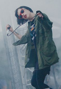 Alice Glass, stop being so amazing. <3
