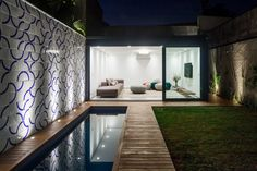 Casa 7x37 by CR2ARCHITECTURE