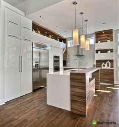 Top Family Kitchen to See Why Functionality Still Matters Guide! Kitchen Room Design, Kitchen Family Rooms, Condo Kitchen, Home Decor Kitchen, Kitchen Layout, New Kitchen, Kitchen Interior, Home Kitchens, Kitchen Remodel