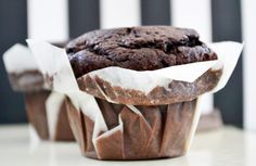 American Chocolate Muffins - Amerikanische Schokomuffins – Rezept The muffins – American-style recipe is simple and easy to copy. Quick Dessert Recipes, Donut Recipes, Muffin Recipes, Cupcake Recipes, Gourmet Recipes, Homemade Chocolate Cupcakes, Chocolate Muffins, Delicious Chocolate, Chocolate Flavors