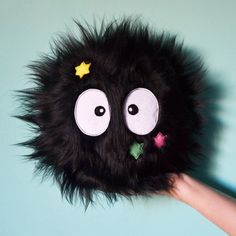 Most Wanted: Totoro Soot Sprite Pillow - Super Cute Kawaii! Softies, Plushies, Creation Deco, Spirited Away, My Neighbor Totoro, Baby Kind, Felt Fabric, Miyazaki, Studio Ghibli