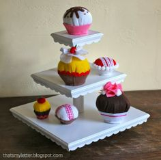 """That's My Letter: """"F"""" is for Felt Cupcakes, diy kids play felt food"""