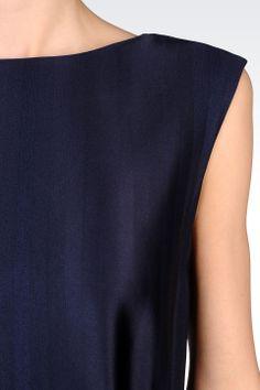 http://www.armani.com/es/emporioarmani/short-dress_cod34415767ex.html