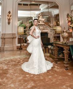 e256b7156575 Ecco un altro meraviglioso Abito da Sposa della Collezione Sposa 2020 dello  Stilista Stefano Blandaleone.