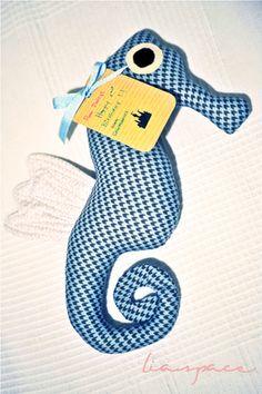 sea horse toy