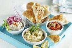Gegrild Turks brood met 3 dips | Brood & Recepten | Voorlichtingsbureau Brood