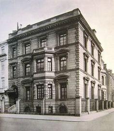 The William Salomon Mansion at 1020 Fifth Avenue.jpg