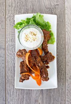 Come home to a dinner of tender, juicy 'barbecued' ribs — cooked while you were out! Crockpot Meals, Freezer Meals, Slow Cooker Recipes, Allergy Free Recipes, Easy Healthy Recipes, Pork And Beef Recipe, Epicure Recipes, Bbq Ribs, Slow Food