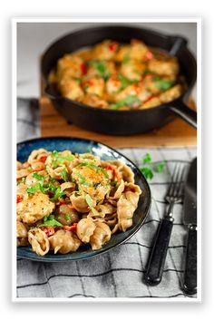 Torino Täysjyväkaura Gnocchi pasta - raisio.com Gnocchi Pasta, Kung Pao Chicken, Ethnic Recipes, Food, Red Peppers, Essen, Yemek, Meals