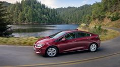 2017 Chevy Volt hybrid 06 53 miles on electric only, 420 miles with a full tank of gas!