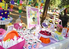 Victoria's Bubbles Themed 2nd birthday party! | CatchMyParty.com  Use basket to hold plates, napkins, utensils. Like that idea.