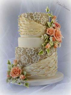 Tartas de boda - Wedding Cake - Coffee and Cream Cake Beautiful Wedding Cakes, Gorgeous Cakes, Pretty Cakes, Amazing Cakes, Unique Cakes, Elegant Cakes, Creative Cakes, Cake Wrecks, Cupcakes