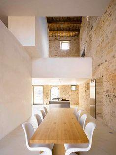 Wespi de Meuron Romeo architects — House renovation in Treia #unifamiliar #restauración #piedra