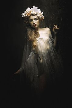 Stefan Gesell Photography ILLUMINATION Model KC STY KC/RASSAMEE