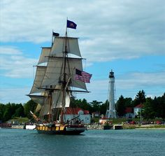 Barque Niagara passing USCGS Sturgeon Bay Light Entrance Lighting, Sturgeon Bay, Bay Lights, Great Lakes, Lighthouses, Sailing Ships, Boat, Photography, Dinghy