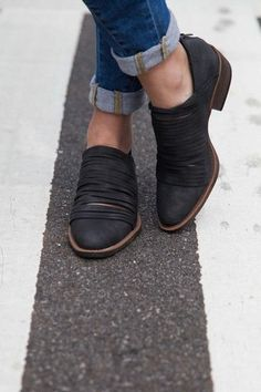 ❤️These are cute!  Strips booties. Doesn't hit ankles, lower heel... I like these!!