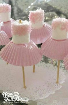 Poodle skirt marshmallows