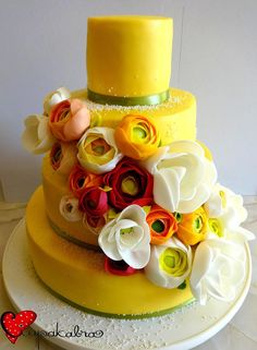 https://www.facebook.com/Ciupakabra.cakes/photos/a.151635968198932.26296.138658532830009/916814258347762/?type=3