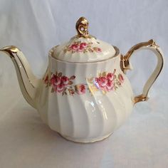 Vintage Rare Fine China Sadler Teapot, England no.3115AB, Rose pattern by VintageOnTheEdge on Etsy https://www.etsy.com/listing/200503875/vintage-rare-fine-china-sadler-teapot