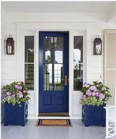 2019 is the year of the blue door. We especially love this blue door and matching planters! Green Front Doors, Painted Front Doors, Front Door Colors, Front Door Decor, Wall Colors, Paint Colors, Front Door Planters, House Front Door, Front Porch