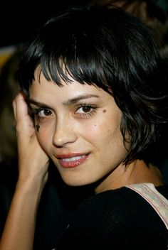 Shannyn Sossamon's cut and colour