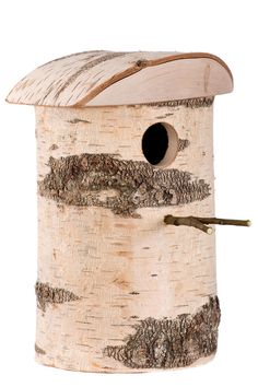 Woodland nest box for larger birds Articles En Bois, Mailbox Garden, Wooden Bird Houses, Insect Hotel, Bird Boxes, Bird Crafts, Nesting Boxes, Animal House, Fairy Houses