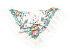 floral shawl A LA RUSSE