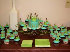 Frog baby shower cake...