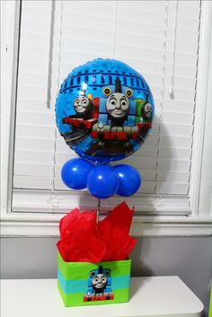Thomas the Train centerpiece Thomas Birthday Parties, Thomas The Train Birthday Party, Trains Birthday Party, Birthday Ideas, Train Party Decorations, Birthday Party Centerpieces, Thomas And Friends, Baby First Birthday, Chai